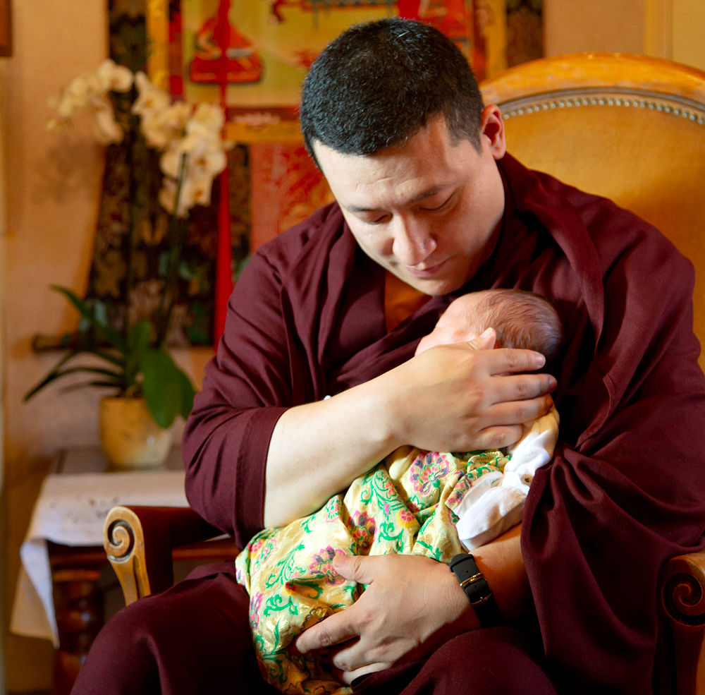 Gyalwa Karmapa ja hänen poikansa Thugsey. © Thule G. Jug